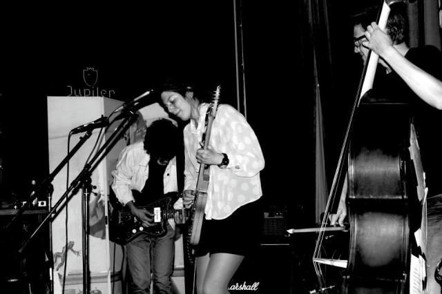 Performing in Scheltema, Leiden